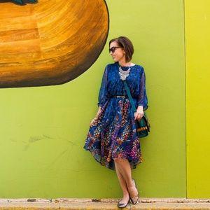 Dresses & Skirts - Floral Blue Smock Dress